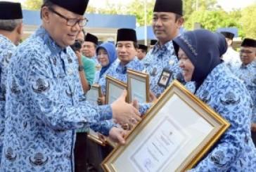 Berkat Layanan Cepat, Transparan dan Inovatif, Pemkot Surabaya Raih Penghargaan Otoda