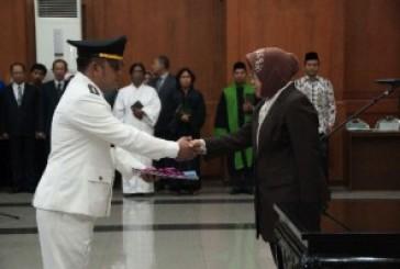 DCKTR Menjadi Dinas PU CKTR, Ratusan Pejabat Dilantik Walikota Risma