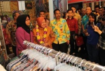 "Pamer Akbar Produk UKM ""Surabaya Great Expo 2015"" Di Grand City Mall"