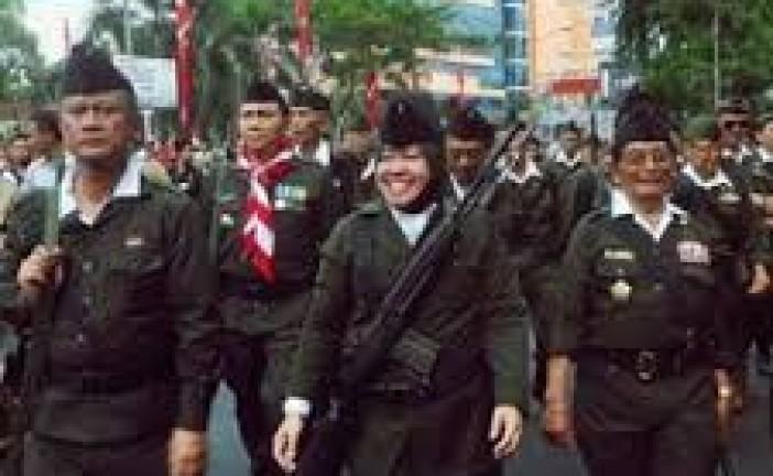 """Allahu Akbar……. Merdekaaa…..!""  Walikota Risma Buka Parade Juang Surabaya 2016"