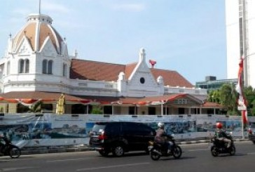 Pembangunan Basement Balai Pemuda Makan Badan Jalan