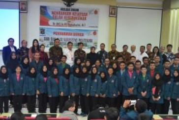 81 Orang Pendaftar Diterima Program Bea Siswa D3 Poltek Ubaya