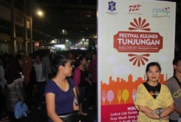 """Festival Kuliner Tunjungan, Abadikan Lagu Cak Mus : """"Rek Ayo Rek…"""""""