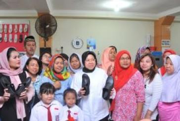 Investor Surabaya Bantu UKM Dolly 15 Mesin Jahit Singer