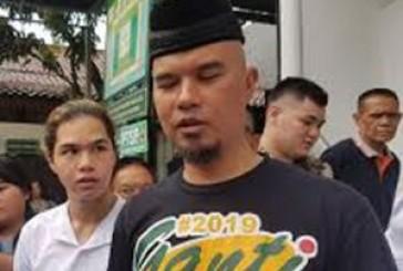 Ditreskrimsus Polda Jatim Tetapkan Musisi Ahmad Dhani Tersangka Kasus Pencemaran Nama Baik