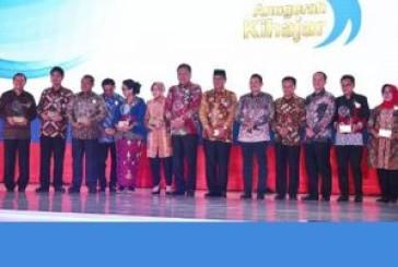 Untuk Kedua Kalinya, Penghargaan Kihajar Kategori Utama Diraih Pemkot Surabaya