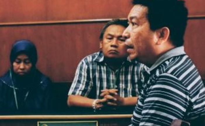 Penjual Sandal Eaiger Palsu Di PGS Hanya Dihukum Denda Rp 5 Juta