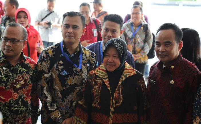 """Ajak Pemuda Surabaya Ke Bekraf, Risma Berpesan : """"Aku Ingin Meningggalkan Sesuatu"""""""