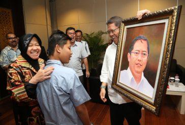 Menkominfo Apresiasi Lukisan Karya ABK Surabaya