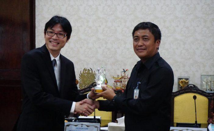 Lee Kwan Yew School Of Public Policy Singapura Pelajari Tata Kelola Kota Surabaya