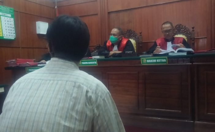 Penjual Miras Oplosan Maut Dituntut 8 Tahun Penjara