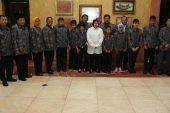 Wali Kota Risma Sekolahkan 7 ABK Tuna Netra Ke Liverpool – Inggris.