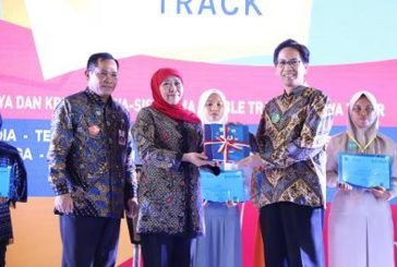 Gubernur Khofifah Buka Festival Karya Siswa SMA/MA Berkolaborasi Dengan DUDI