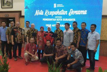 Rela Sujud Di Podium, Wali Kota Risma Terima Kasih Pada PT Astra Grup Surabaya