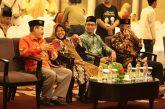 """Puas Nobar Film """"Jejak Langkah 2 Ulama"""", Wali Kota Risma Pesankan Kebersamaan"""