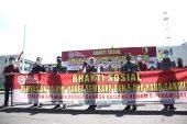 Gubernur Khofifah Apresiasi Langkah Kodam V/Brawijaya Terjunkan Babinsa Distribusikan Bansos