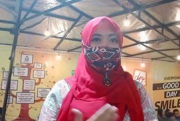 Memaknai Kebersamaan Di Hari Koperasi, Ning Lia Istifhama Bagikan Ribuan Masker Bersama Relawan