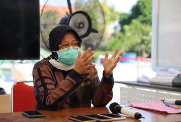 """Mengisi Sekolah Daring, Wali Kota Risma Jadi """"Guru"""" Bagi Pelajar Surabaya"""