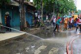 Kerja Bakti di Kawasan Pandegiling, Wali Kota Risma Cek Saluran dan Kabel Fiber Optik